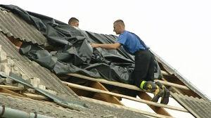 Potężna wichura pod Warszawą zrywała dachy