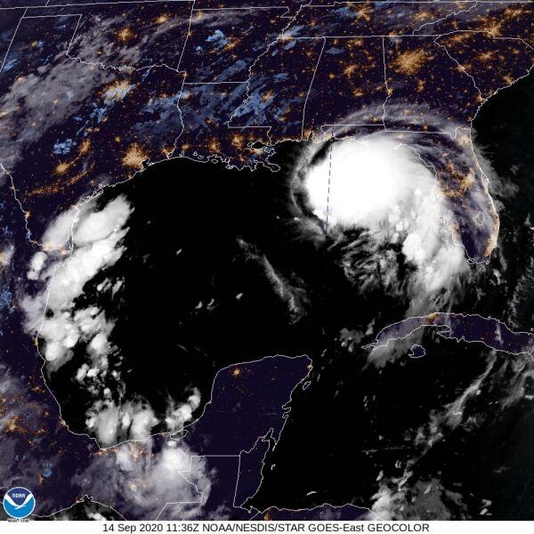 Burza tropikalna Sally na zdjęciu satelitarnym (NOAA)