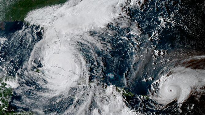 W sercu huraganu. Irma jest bardzo groźna, ale to niewiarygodne zjawisko