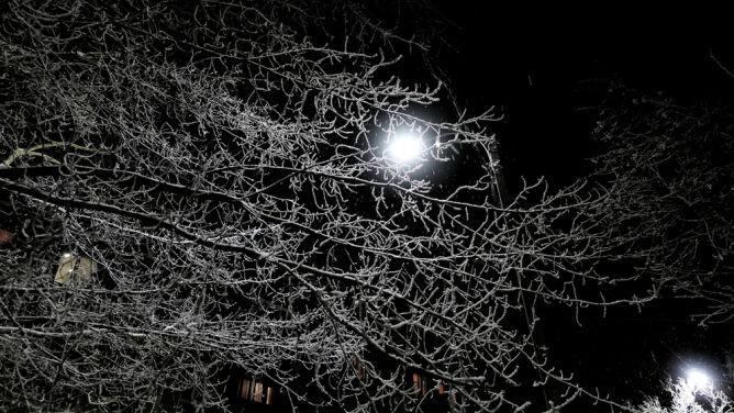 W nocy kilkanaście stopni mrozu. <br />Obowiązują żółte alerty pogodowe