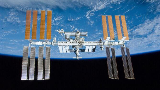 Chwilę po godz. 21 ISS <br />przeleci nad Warszawą